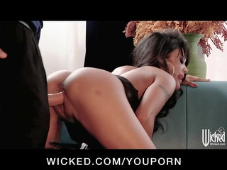 sexy working girl kaylani lei bonks spouse during