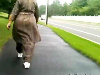 mature desi a-hole walking indian desi indian