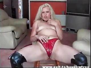 dutch mother widening astonishing fur pie and butt