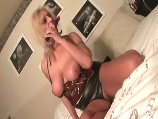 breasty older blond fucking her peachy wet crack