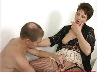 Mature secretary in office wants cum