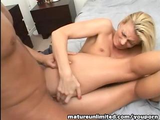mother i like to gulp my sperm....