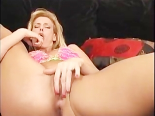 hot mother i darryl hanah suck weenie and licks a