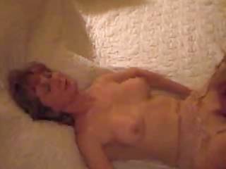 Wife pussy licked orgasm (by edquiss)