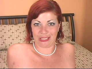 adorable mother i cheyenne puts on a solo show -