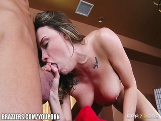 thick lonely wife chanel preston acquires screwed