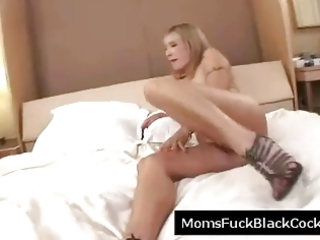 bigboob blond d like to fuck sucks off darksome