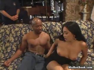 screw-my-wife-please-39-scene4