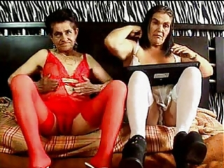 granny s lesbian en webcam 3
