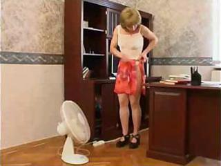 mommy craves to tempt her son at his office