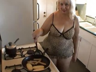 mother i hot cooking time!