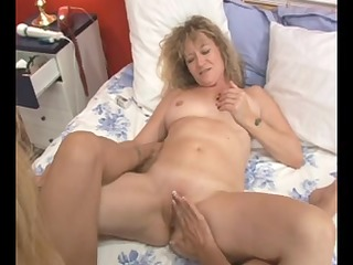 mother id like to fuck lesbians