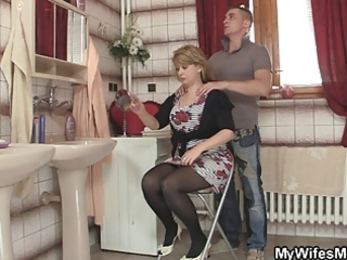smart lad bangs his mother in law