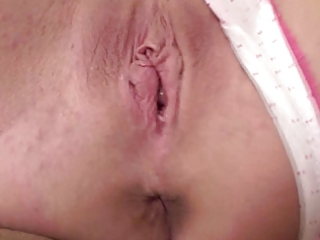 talkative d like to fuck shows her body