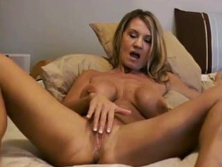 cam d like to fuck riding fake penis