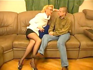 russian older womensex with youthful guys15