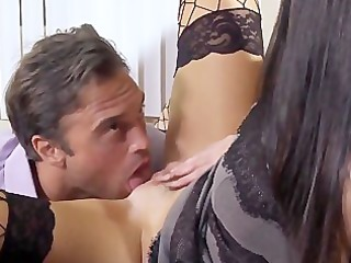 india summer the sexy sexretary plays with her
