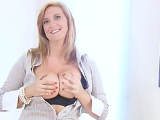 breasty office d like to fuck gets off when she