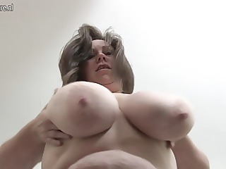 british housewife loves playing with her huge