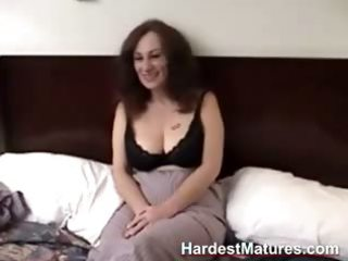 older non-professional gives oral sex