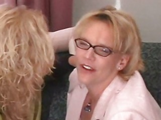 hawt curvy golden-haired grannies threesome