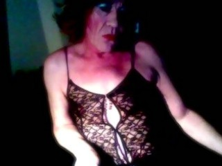 mature crossdresser engulfing solo