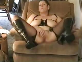 amateur. old pervert grandma masturbating