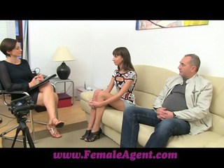 FemaleAgent Pleasure is my business