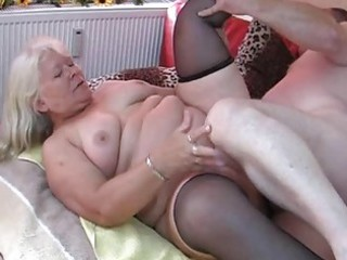 fat non-professional wife sucks and fucks on her