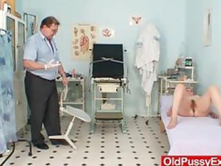 hairy wet crack lady tamara embarrassing doctor