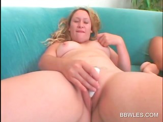 hawt bbw lesbian babes vibing clits in close-up
