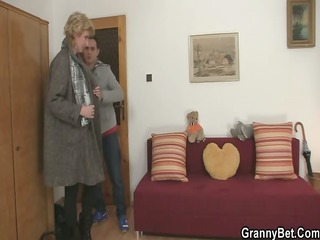 Old blonde is picked up for cock riding