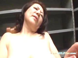 breasty mature woman masturbating using vibrator