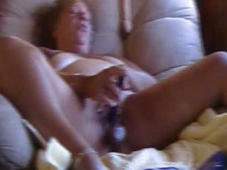 large plump aged uses a dildo and dildo to