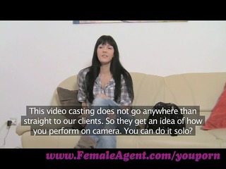 femaleagent. a spark of lesbo want