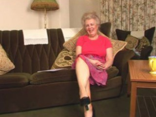 agreeable hirsute old granny fingering intro