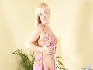 renata disrobes off and fondles her mother i