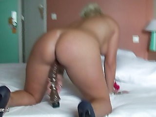 european housewife victoria t live without