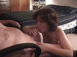 milf shows the proper way to be a submissive
