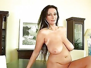 aged chick pandora dildos her love tunnel