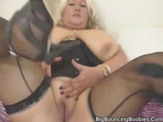 nicole is a mature blond momma with large hooters