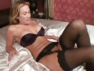 mature in nylons toys her wet crack