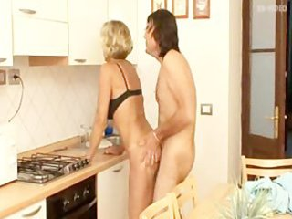 mature blond mother i anal fuck