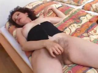 hirsute mother t live without penis