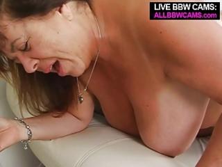 mature big beautiful woman tit fucking open pussy