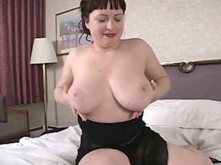 Sexy brunette milf show us her big boobs