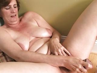 ray lynn aged dildo masturbation