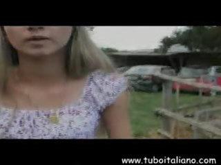 italian lesbo milfs mamme lesbo