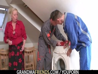 granny suggests her muff as a payment