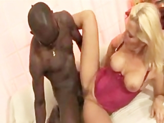 bella signora vs bbc...italian older anal